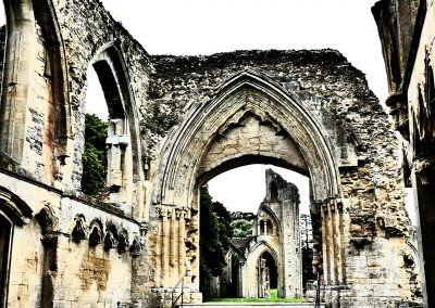 Glastonbury Abbey, Torbogen